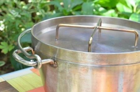 SOTOステンレスダッチオーブンをレビュー